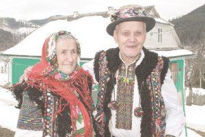 71 рік разом: зворушлива історію кохання гуцульської пари з Прикарпаття