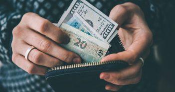 гроші валюта зарплата