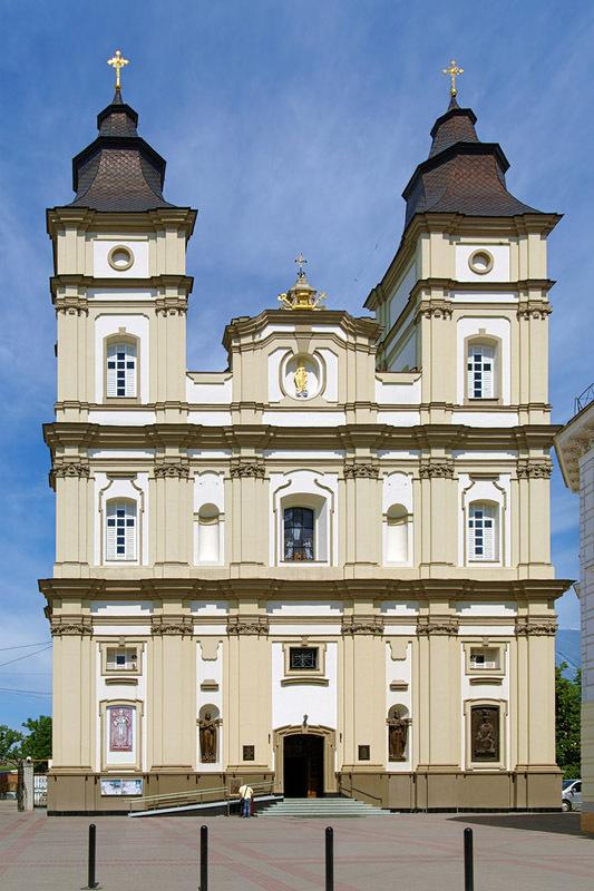 Воскресенський собор (колишній костьол єзуїтів), 1753-1763 рр., Івано-Франківськ