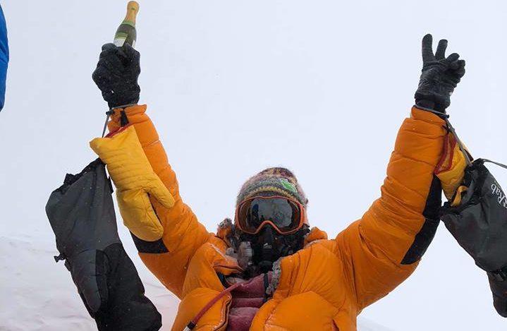 Львівських альпіністів врятували з Евереста (фото)