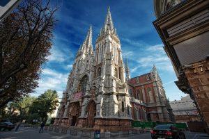 7 найвеличніших католицьких храмів в Україні