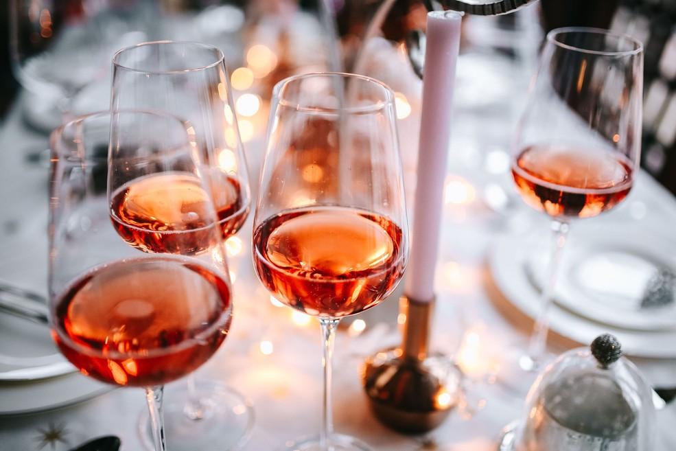 вино рожеве