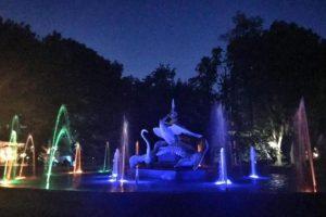 У Стрийському парку відновили підсвітку фонтану