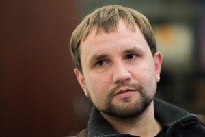Кабінет Міністрів звільнив з посади В'ятровича