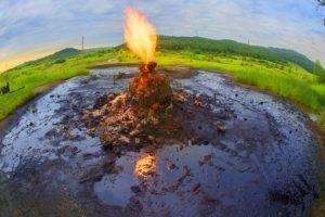 Вулкан Старуня – єдиний в світі унікальний та лікувальний діючий грязьовий вулкан в Україні (фото, відео)