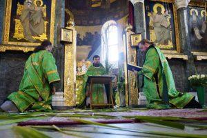 Священик розповів, чи можна працювати в недiлю і для кого це не гріх