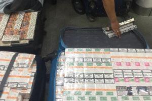 У туалеті Інтерсіті Львів-Перемишль знайшли 8 валіз із сигаретами. Фото