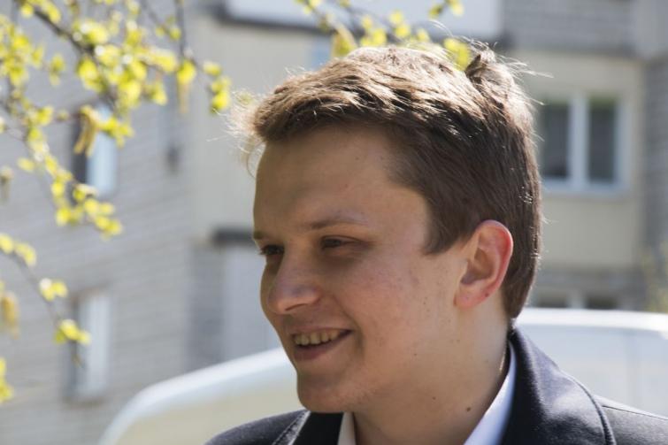 Ще минулого року Віталій Дяків був головою Давидова. Коли його обрали, він був 21-річним студентом-політологом