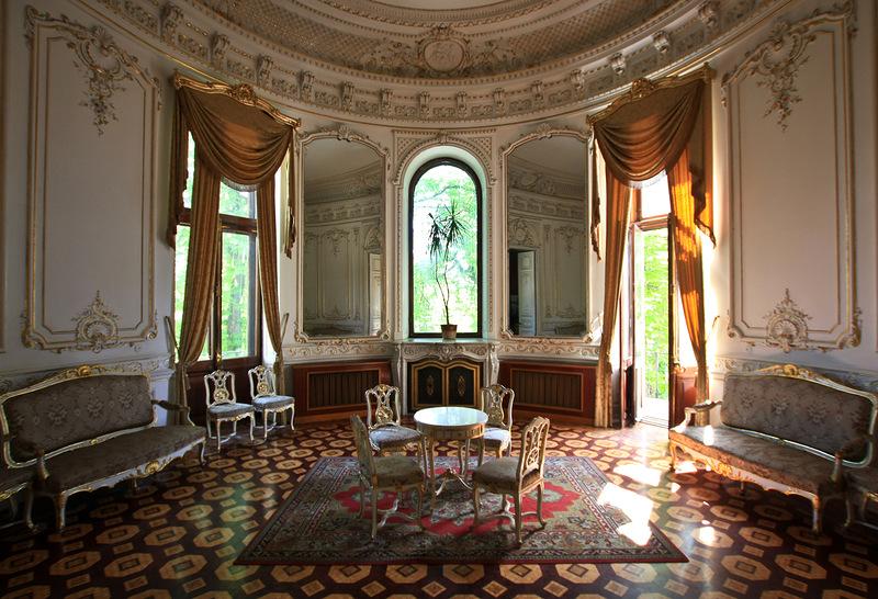 Палац графів Толстих (Будинок вчених)