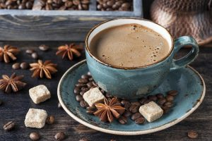 Коли найкорисніше пити каву: вчений назвав час