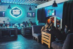 В одному із закладів Львова відмовляються обслуговувати клієнтів українською