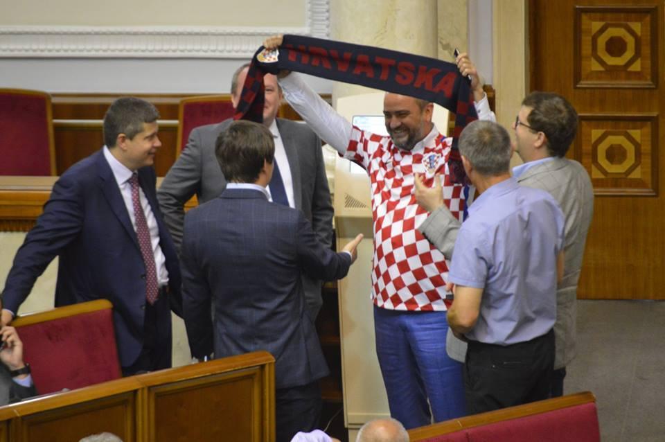 ФФУ компенсує Вукоєвичу штраф і пропонує посаду