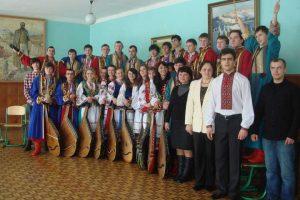 «Підготовка фахівця обходиться у 156 тисяч гривень на рік». Чи потрібен Україні кобзарський коледж?