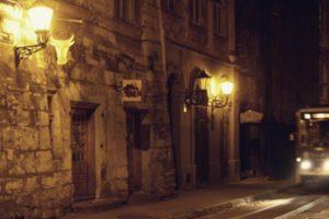У парку, в підземеллі чи на цвинтарі: де провести «Ніч у Львові»? Топ-10 подій триденного нічного фестивалю