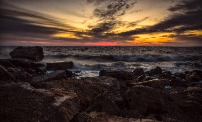 Світанок на морі (фото: Стас Ілюк)