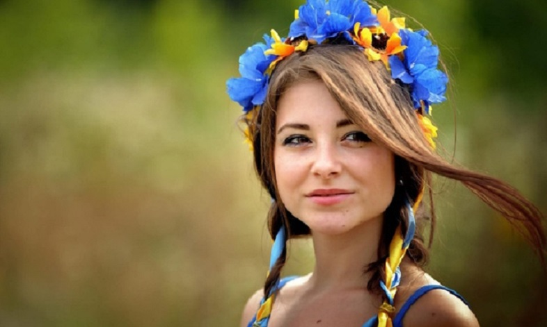 жінка українка