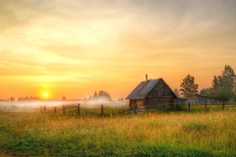 Світанок в старому селі