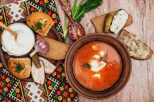 Борщ, каша та кисіль: що їли українці до появи картоплі?