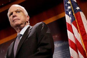 У США пішов з життя сенатор Джон Маккейн