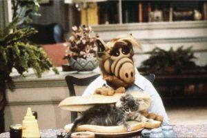"""""""Альф"""" повертається: Warner Brothers перезапустить комедійний серіал"""