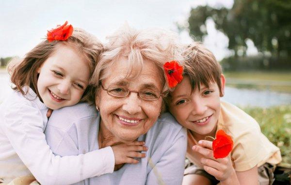бабуся бабця