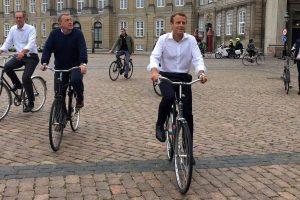 Прем'єр Данії показав Макрону Копенгаген на велосипеді