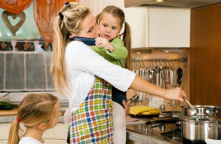 """Мама двох дітей Галина Самчук спробувала оцінити свій вклад в сім""""ю в фінансовому еквіваленті."""