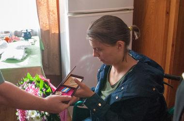 Ірина Іванюш отримує орден. Фото: Міноборони