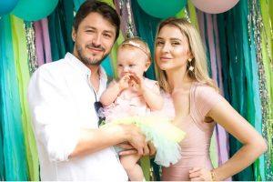 Сергій Притула на річницю шлюбу показав фото маленької донечки