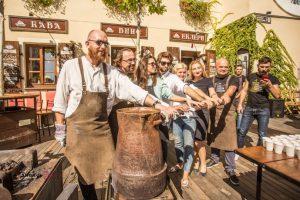Грандіозний фестиваль кави у Львові привабив тисячі туристів