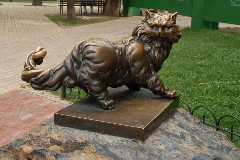 Пам'ятник коту Пантелеймону