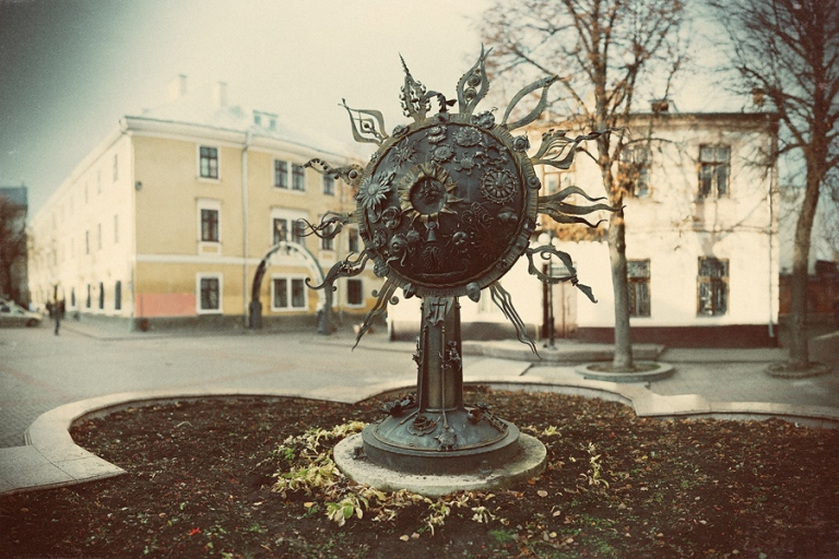 Пам'ятник «Пасхальне сонце»