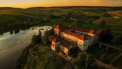 У Свірзькому замку на Львівщині знімають фільм про Олексу Довбуша