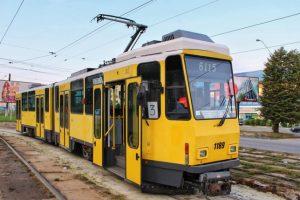 У львівських трамваях пасажири зможуть самостійно відчиняти двері на зупинках