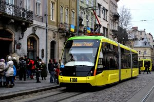 Менше жовтого та логотип міста. Хто переміг у конкурсі брендування львівського транспорту