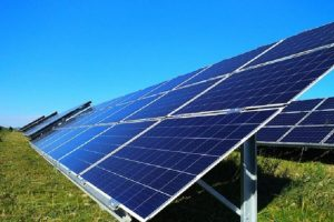 На Львівщині відкрили сонячну електростанцію потужністю 72 Вт. Фото