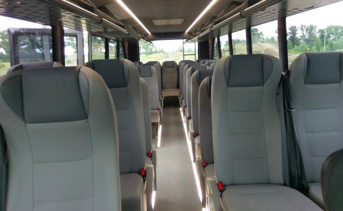 Салон дослідної моделі автобуса-позашляховика