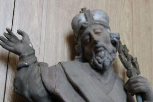 Під час ремонту церкви на Львівщині знайшли давні сакральні предмети кінця XVIII-XIX століть