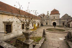 Свірзький замок з 500-літньою історією відкрив свої двері для туристів (фоторепортаж)
