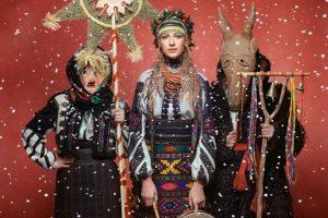 Що українці на свята одягали: зірки вбралися у строї для благодійного календаря. Фото
