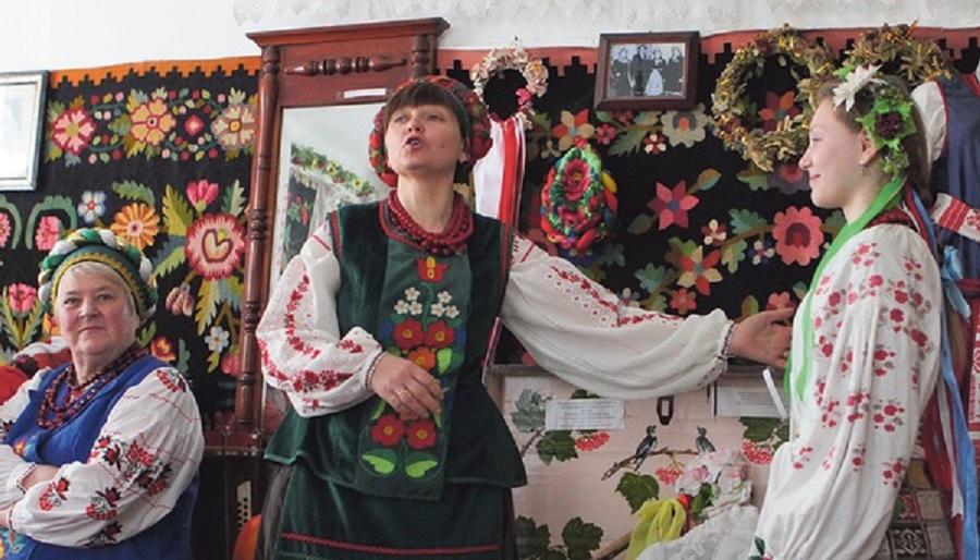 """Статистика. Найбільше української мови на телебаченні, найменше - в інтернеті. Автор фото: Анатолiй Бойко, """"Сегодня"""""""
