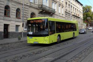 У Львові маршрутки обладнують безкоштовним Wi-Fi: у 85 автобусах вже є доступ до інтернету