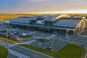 У львівському аеропорту через сильний туман не змогли приземлитися літаки