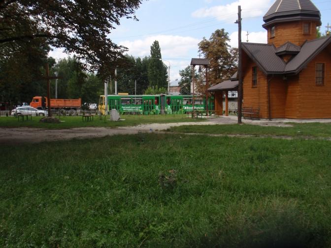 Капличка на перетині вулиць Промислова – Волинська, яку мають перенести