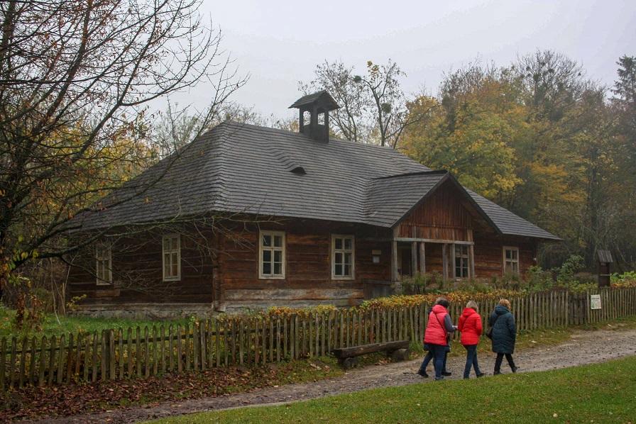 Школа 1880 року з Старосамбірського району Львівщини