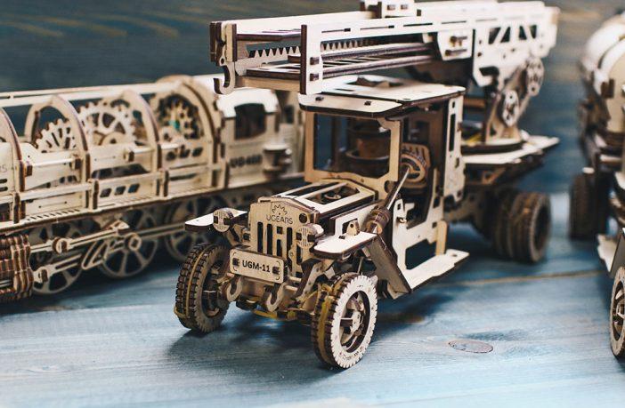 В магазинах Disney почали продавати дерев'яні 3D-конструктори української компанії Ugears