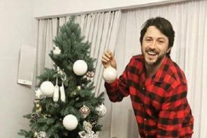 """""""Вечір у сімейному колі"""": новорічний Притула з сім'єю порадували фанів милим фото"""