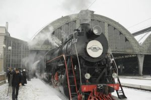 Львів'ян за прошують покататися на ретро-поїзді. Розклад, вартість