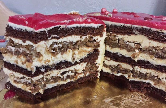 Торт горіхово-шоколадний. Це щось надзвичайне!