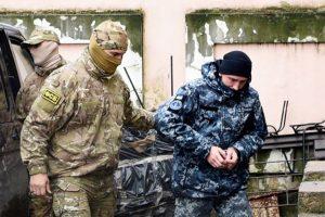 Українські моряки відмовилися свідчити на суді у Москві